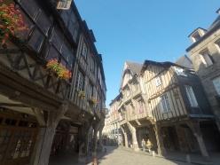 Francia-Dinan