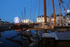 Francia-Honfleur-Muelle-Noche